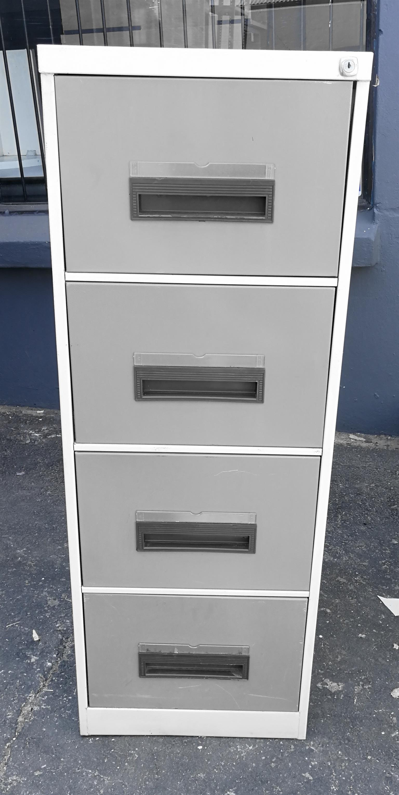 Metal 4 draw filling cabinet