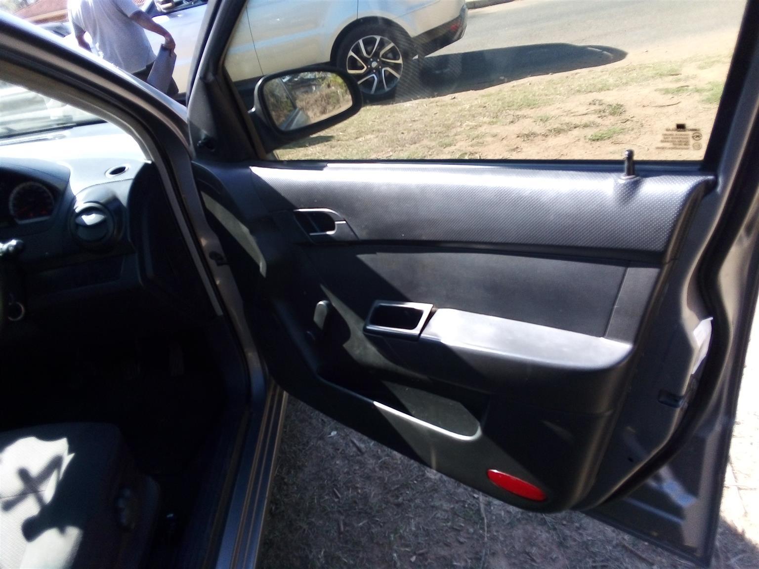 2011 Chevrolet Aveo 1.6 L hatch