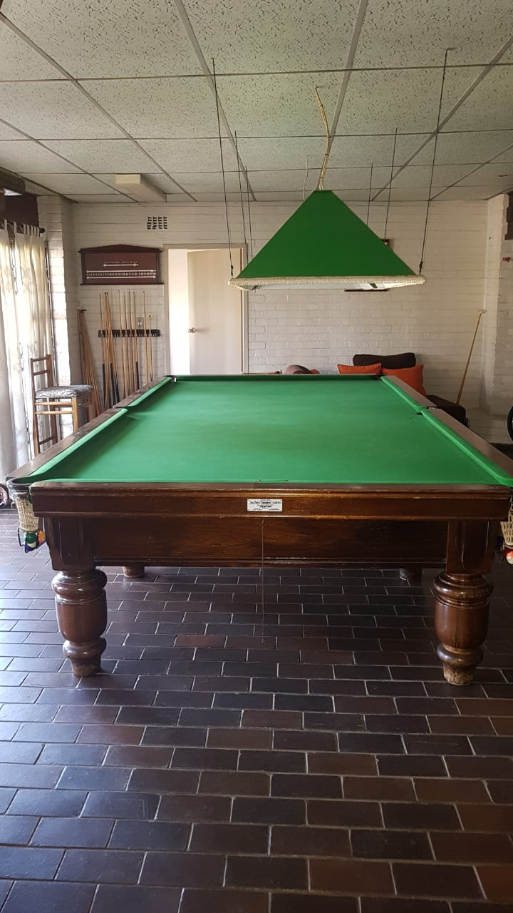 ORIGINAL THURSTON'S WOODEN MARBLE TOP CHAMPION SIZE SNOOKER/POOL TABLE