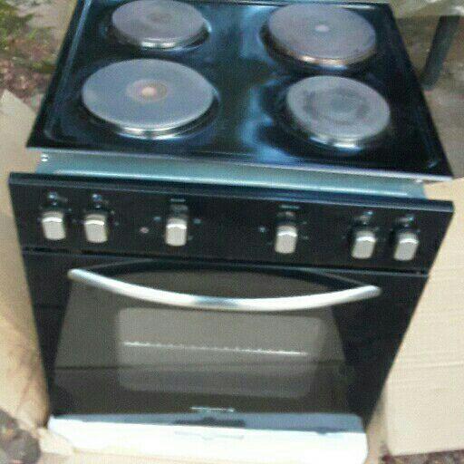 Kelvinator Oven and Hob