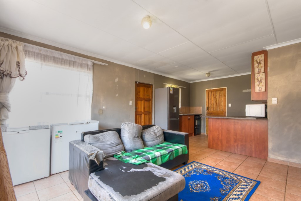 House For Sale in Cosmo City