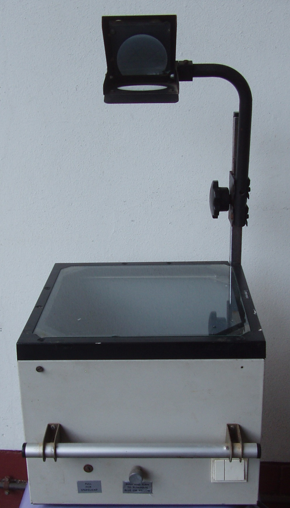 Overhead Projector in excellent  working condition