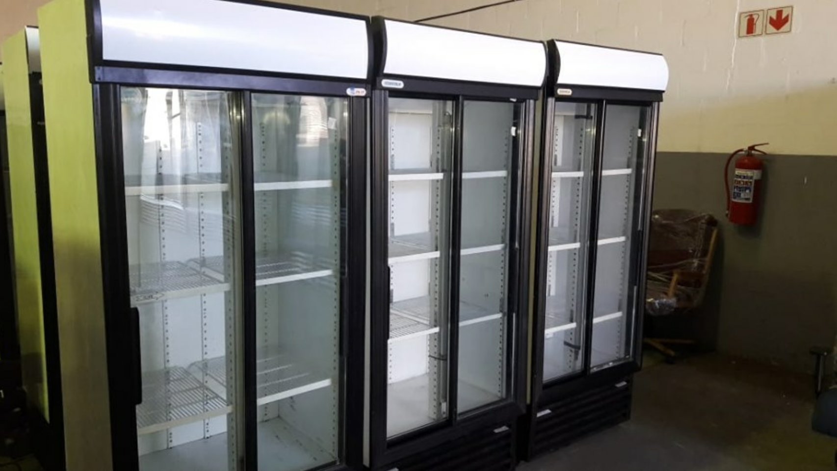 Chillier, cooler for cold drinks display fridges 890 for Beverages