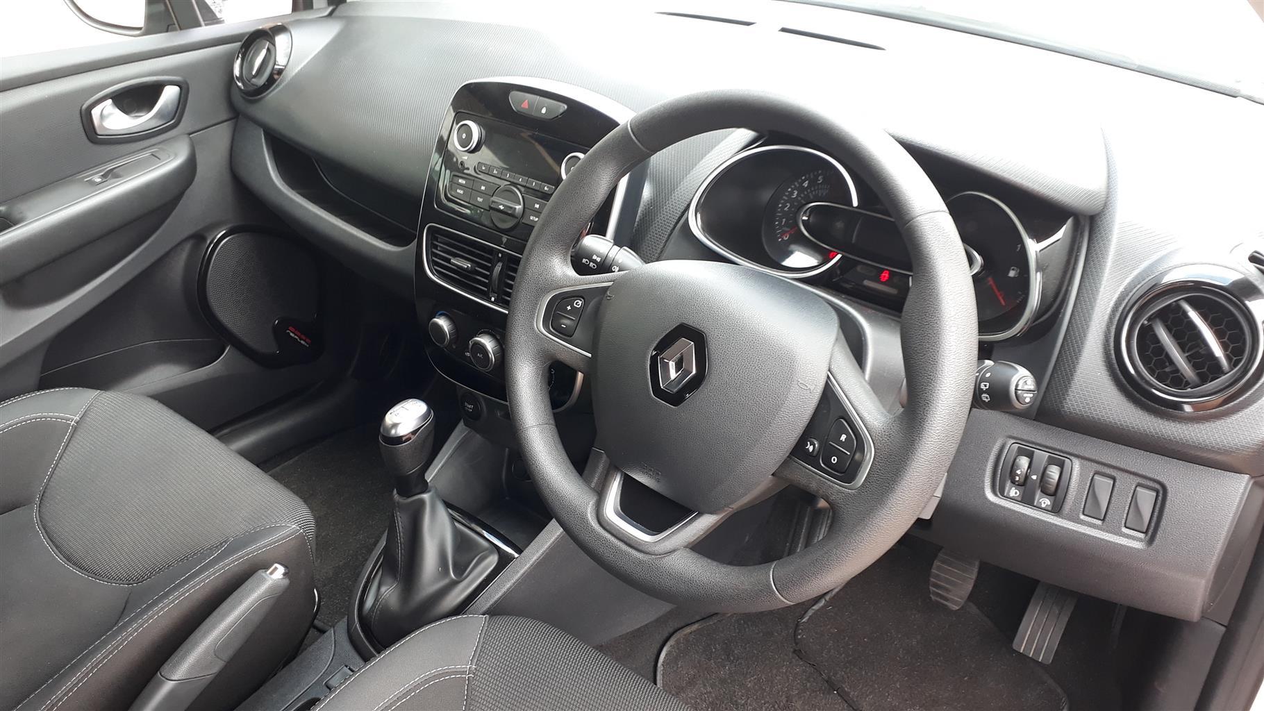 2017 Renault Clio 1.4 Extreme 5 door