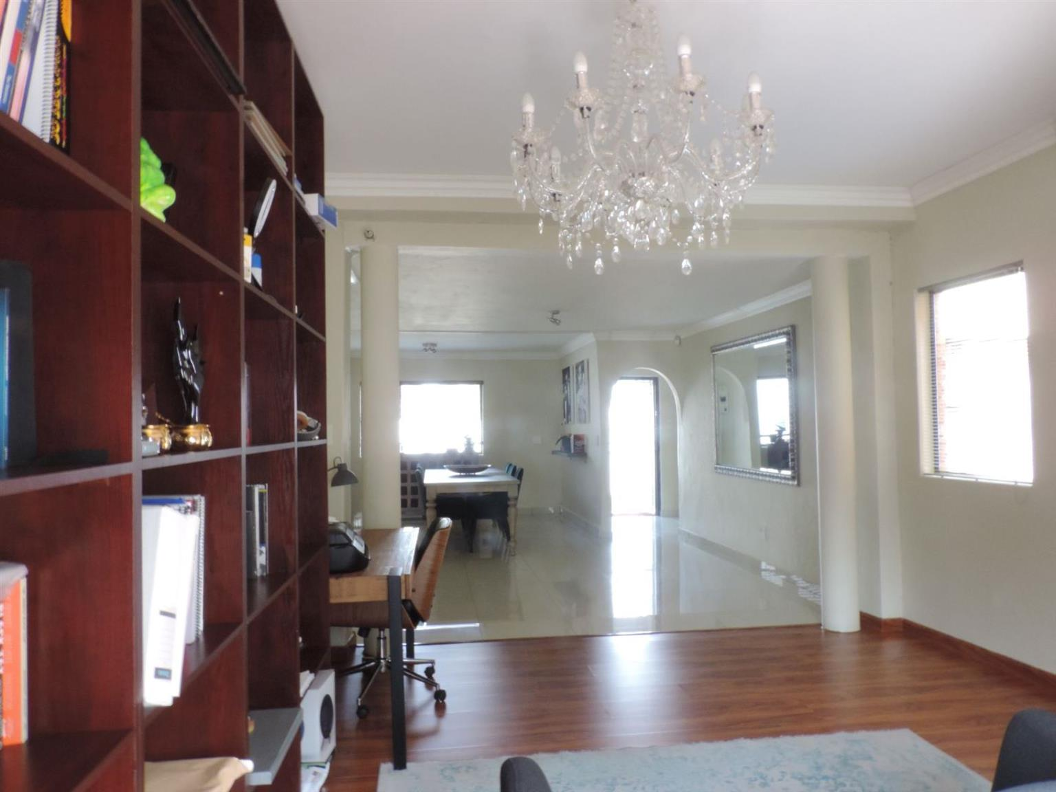 House For Sale in VORNA VALLEY