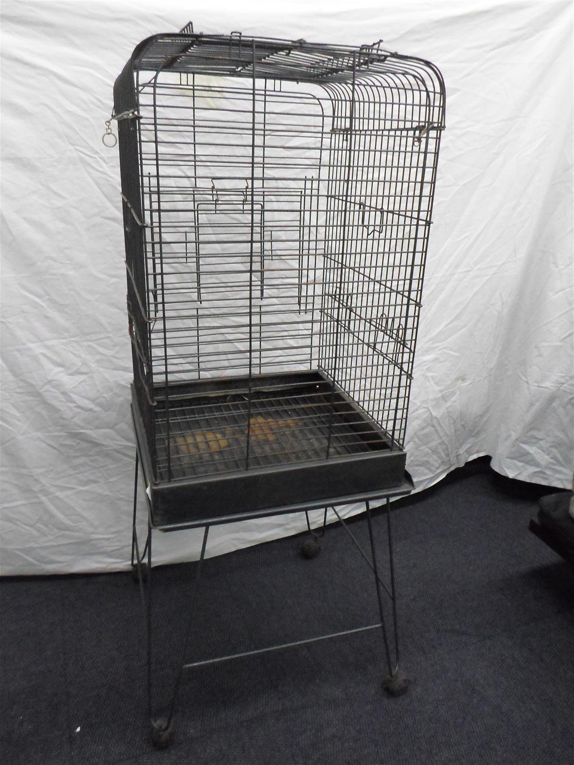 Bird Cage on Stand - C033052962-2