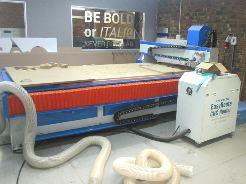 R-2030LK/40L EasyRoute 380V Lite 2050x3050mm PVC Clampable Vacuum CNC Router, 4kW Water