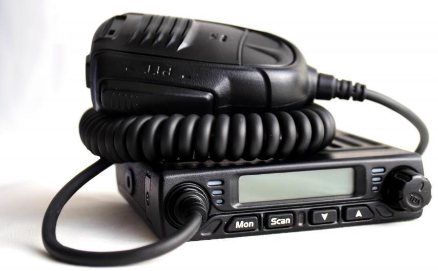 DV-2135s 4X4 VHF Mobile Radio on