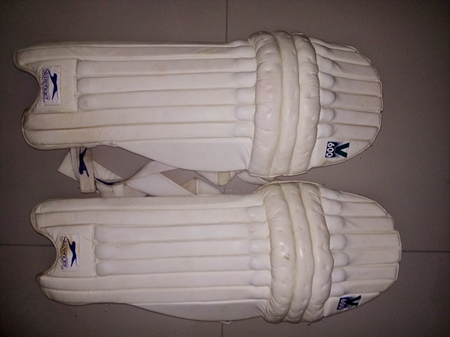 Cricket kit for sale