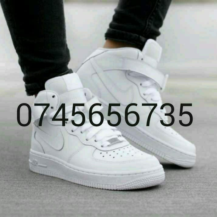 SNEAKERS FOR GRABS