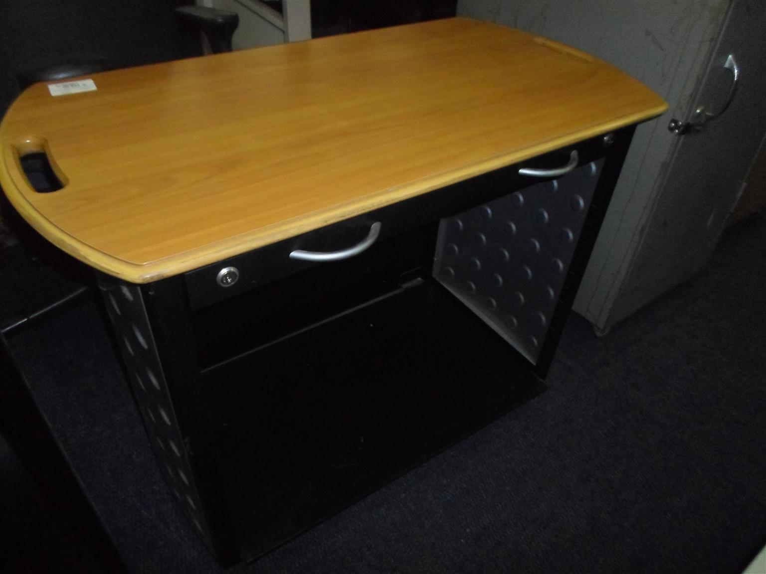 La Credenza Catering : Drawer credenza computer stand junk mail