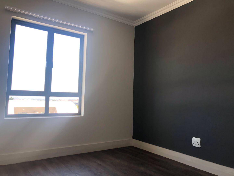 Apartment Rental Monthly in Edenburg