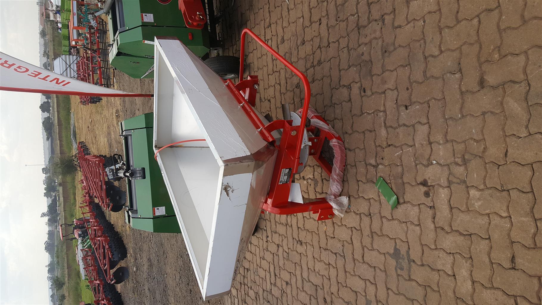 Fertilizer Spreaders 600L & 1000L