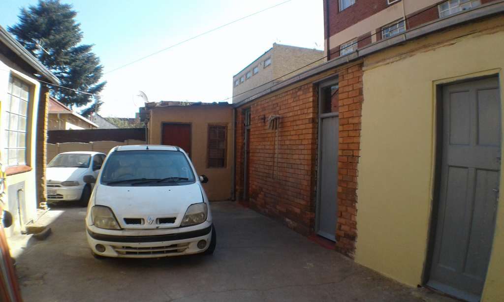 3 bedroom House for Sale Yeoville, Joburg