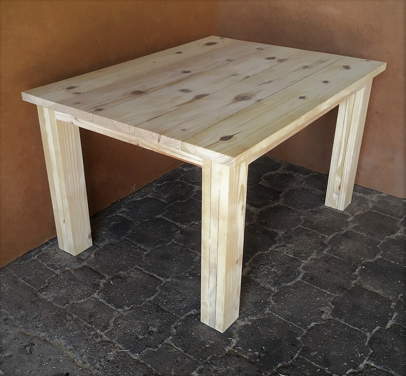 Patio table Chunky Cottage series 1300 Raw