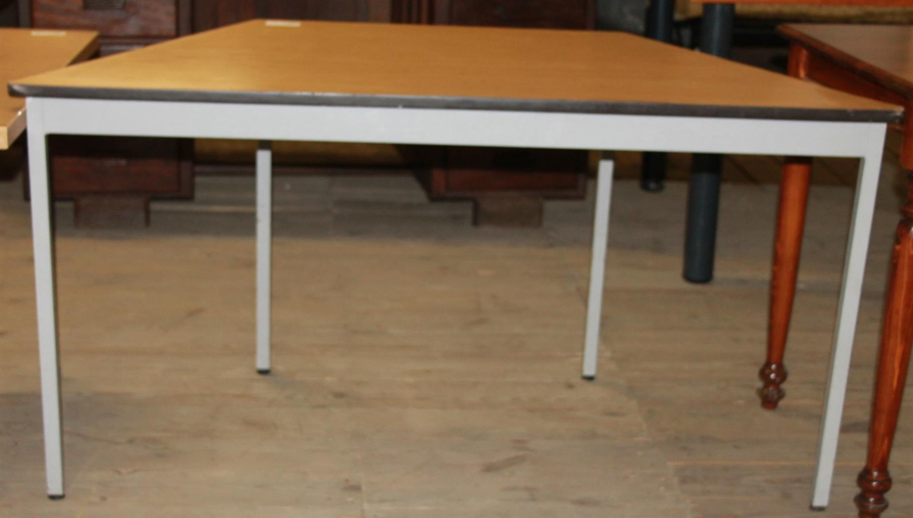 Study Table S029749D #Rosettenvillepawnshop