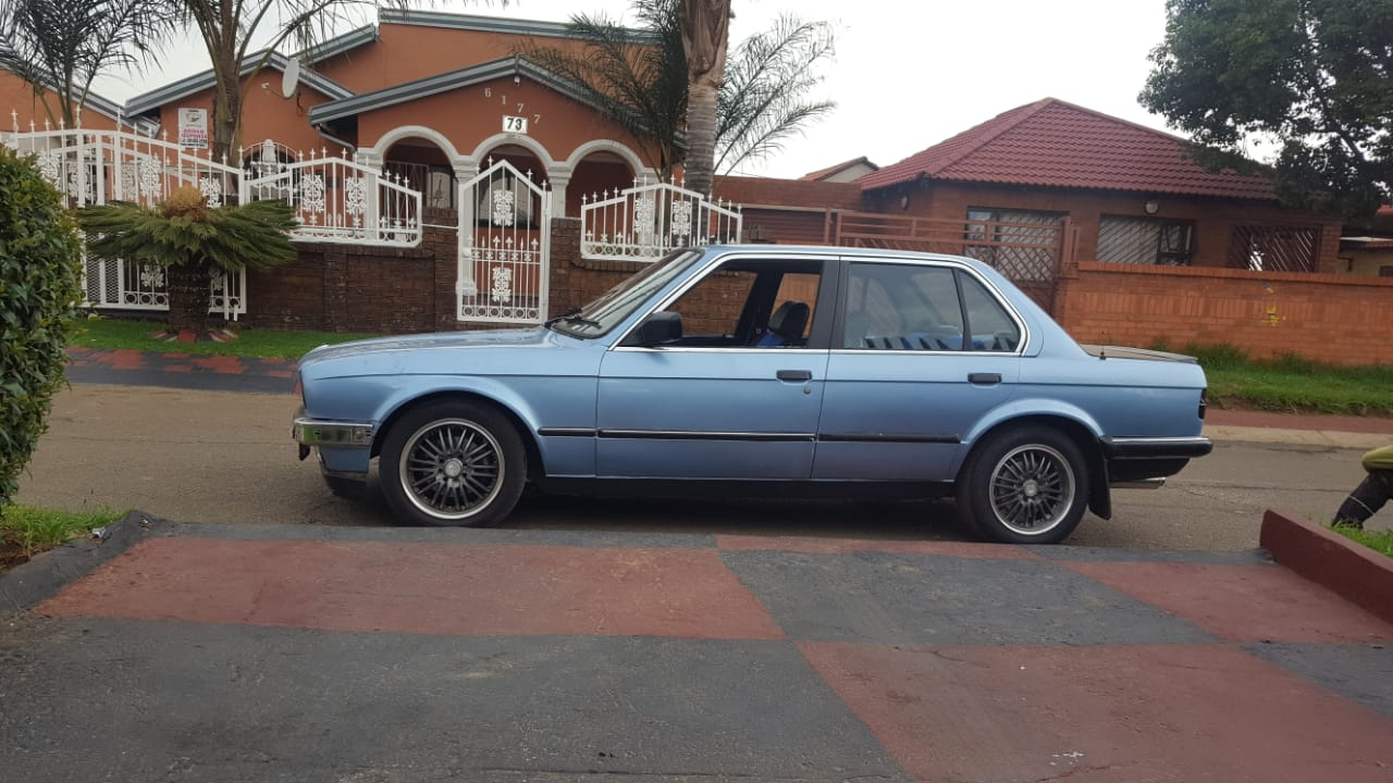 1985 BMW 3 Series 318i