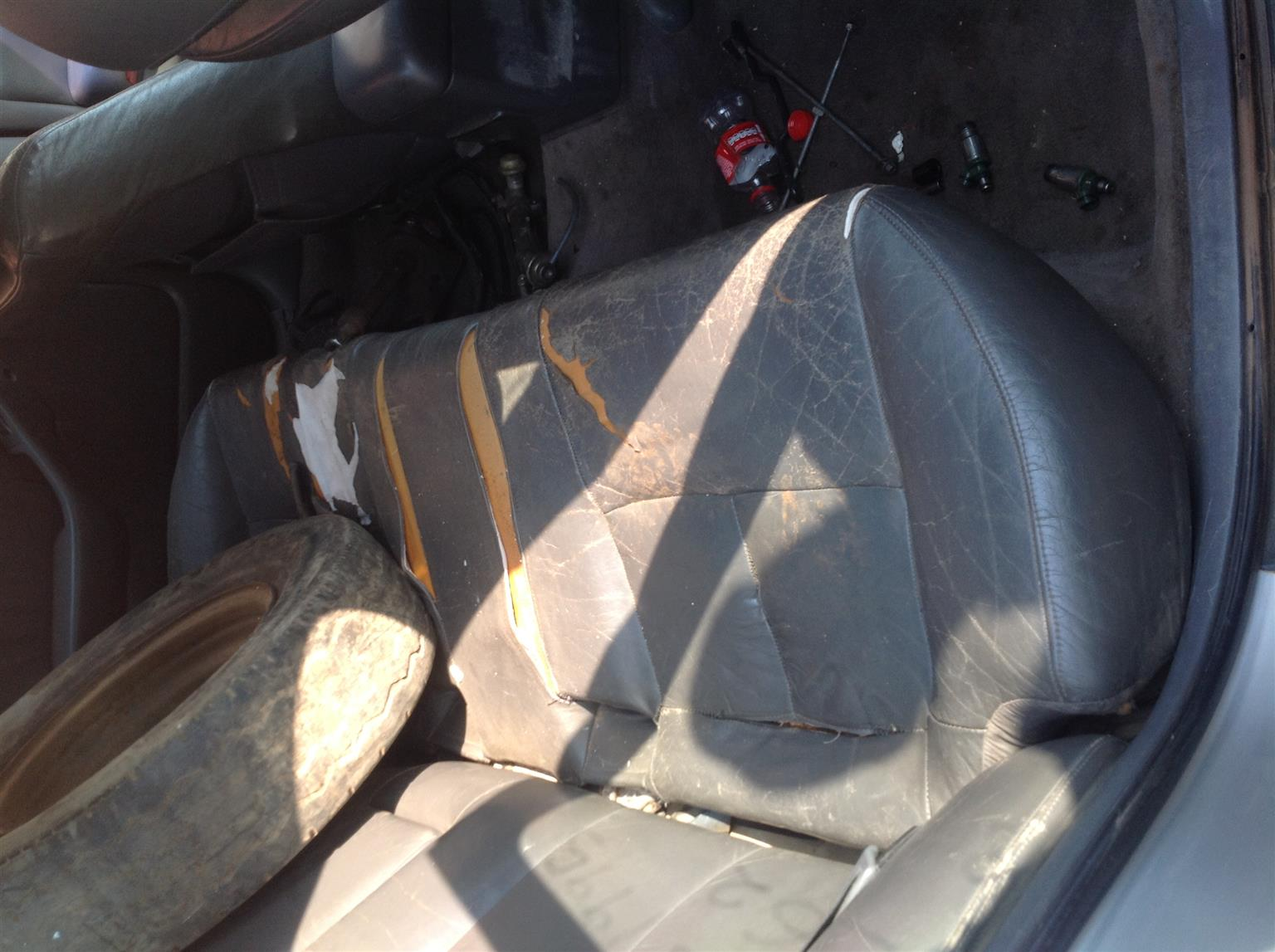 Stripping Toyota Camry 220 SEI 1995 for Spares