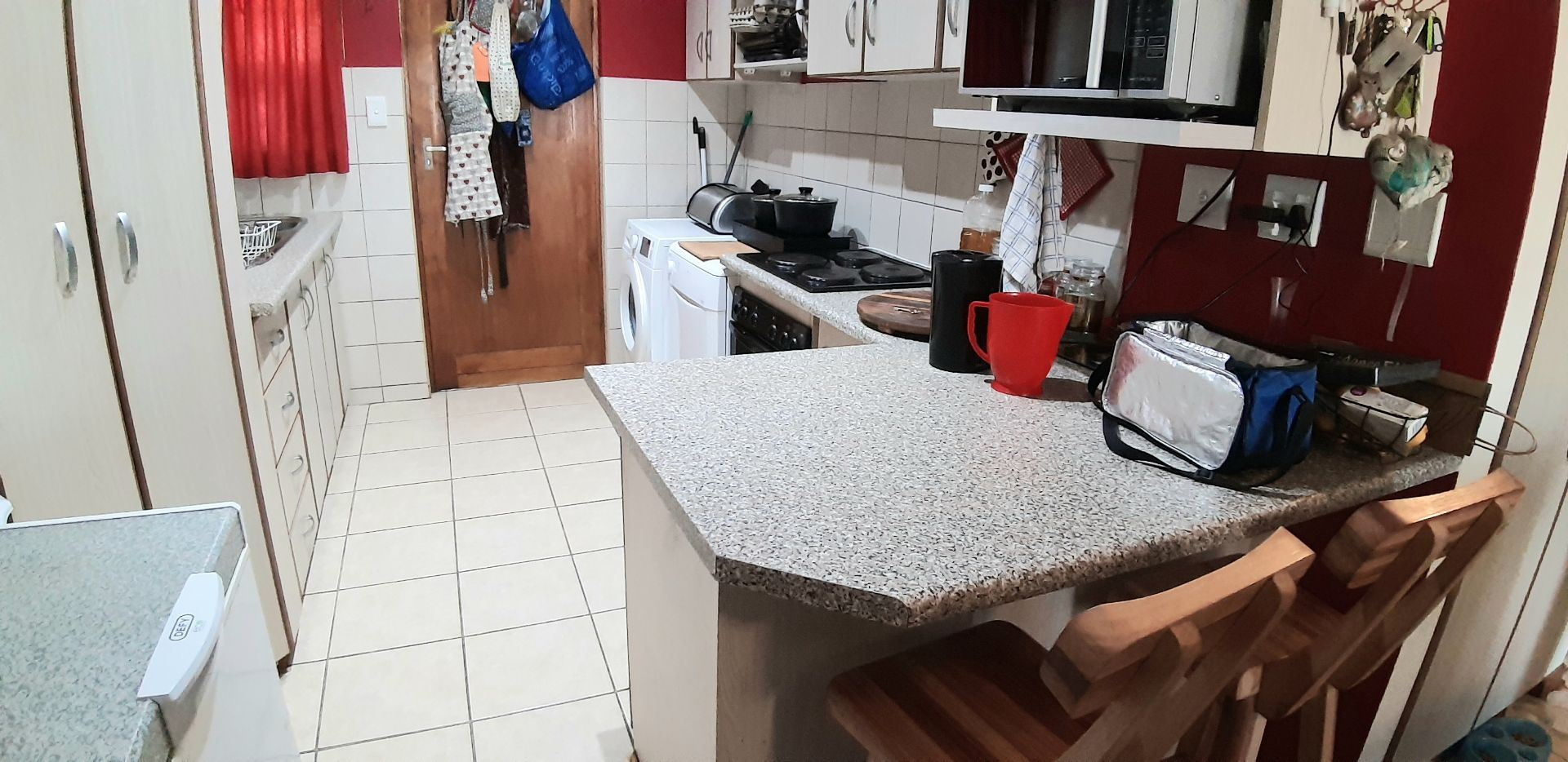 Townhouse For Sale in BAYSWATER