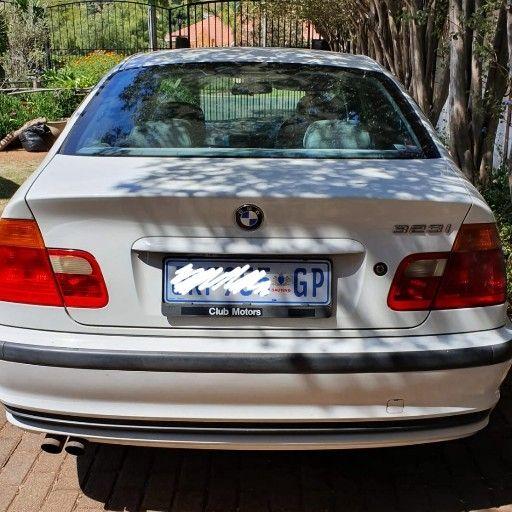 2000 BMW 3 Series 323i | Junk Mail