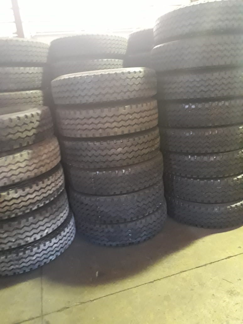 315/80R22.5 Retreads For Sale On Special
