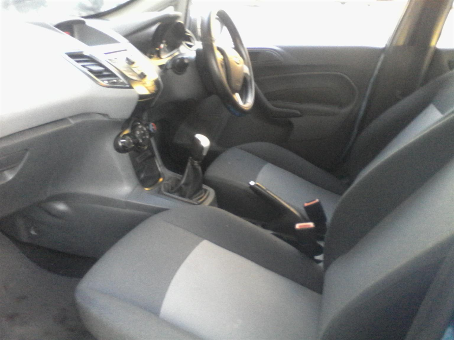 2010 Ford Fiesta 1.6 5 door Trend