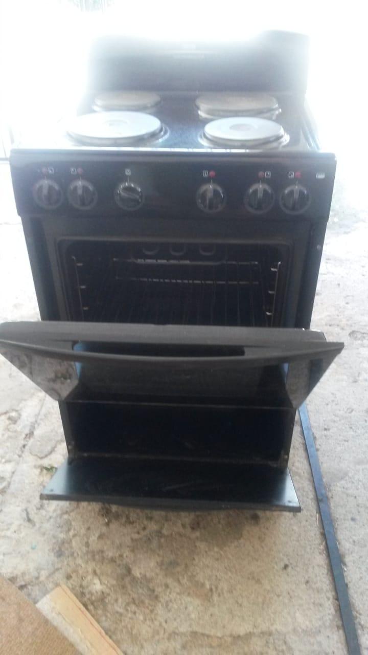 DEFY 600mm Kitchenmaster Stove Black