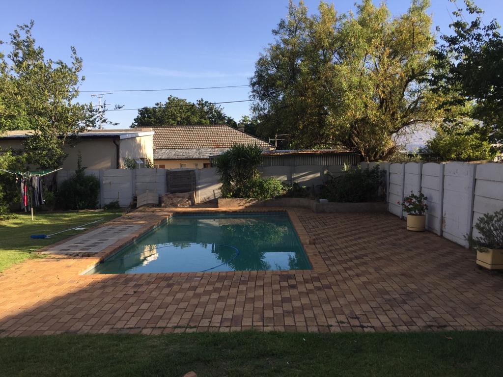 Ideal Family Home In Benoni Airfield