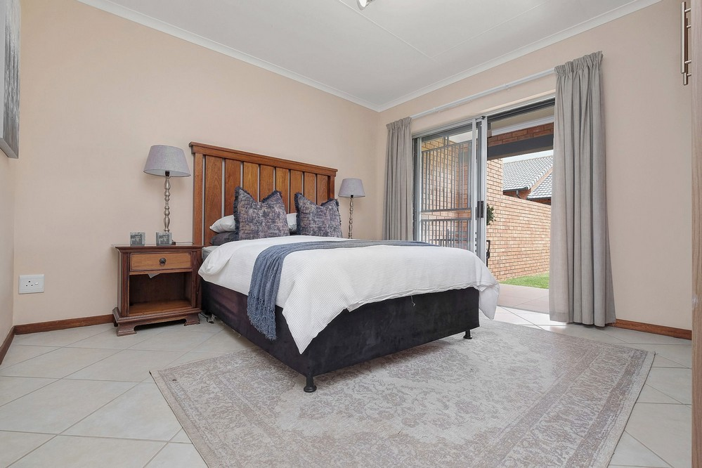 SPECIAL OFFER on NEW LUXURY 3 Bed TOWNHOUSE in MIDRAND
