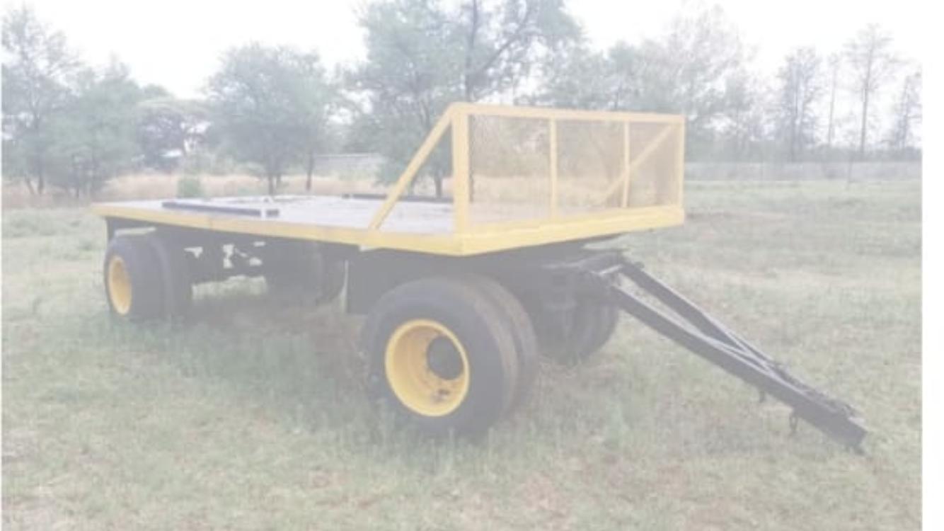 Farm trailer flat deck