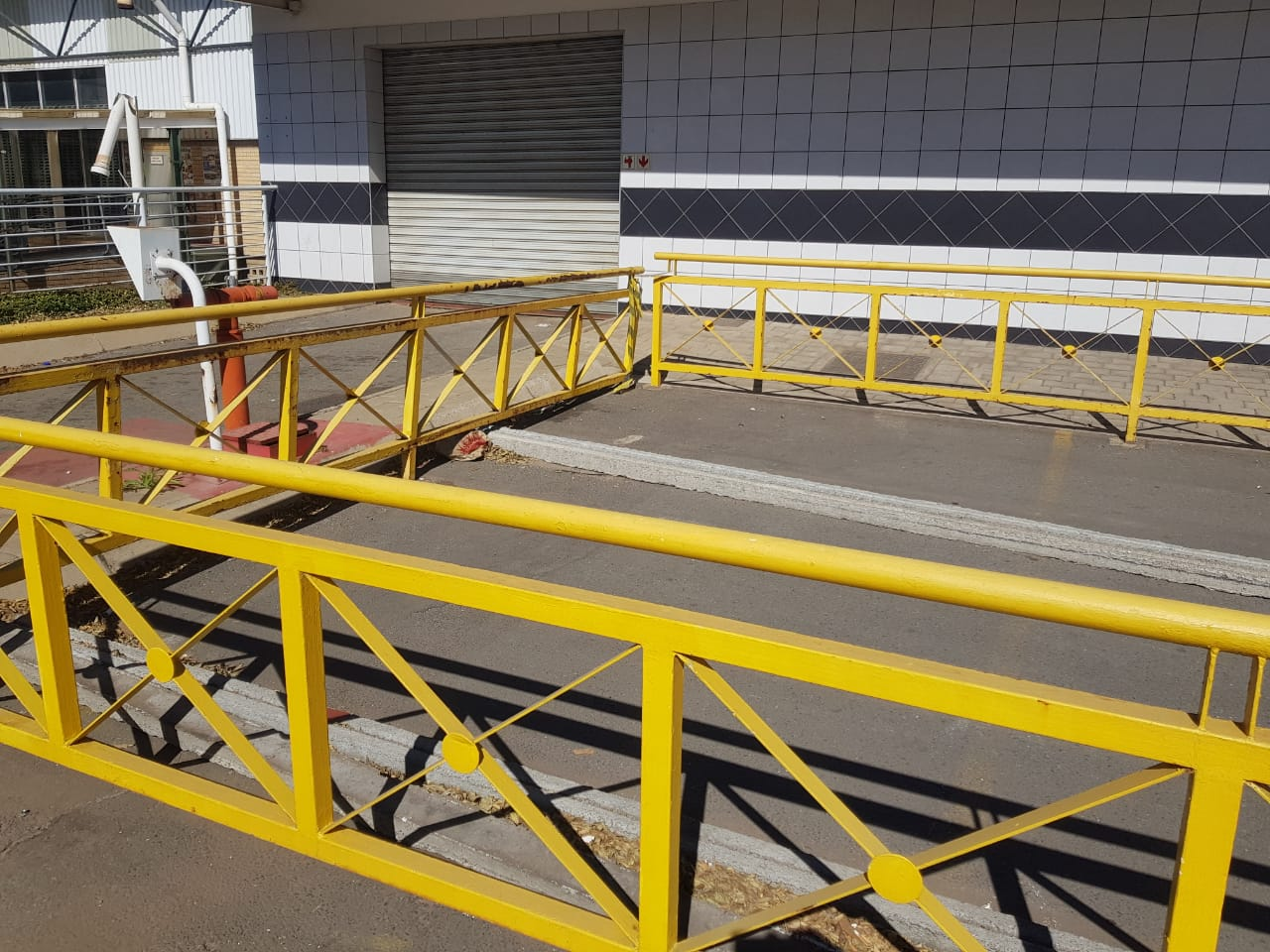 STEEL BALUSTRADE FOR SALE 20M LONG