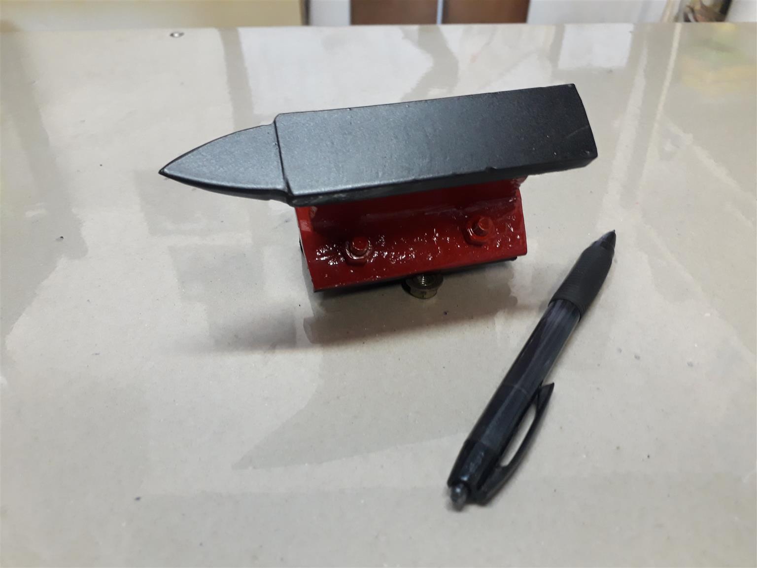 ambeeld anvil mini
