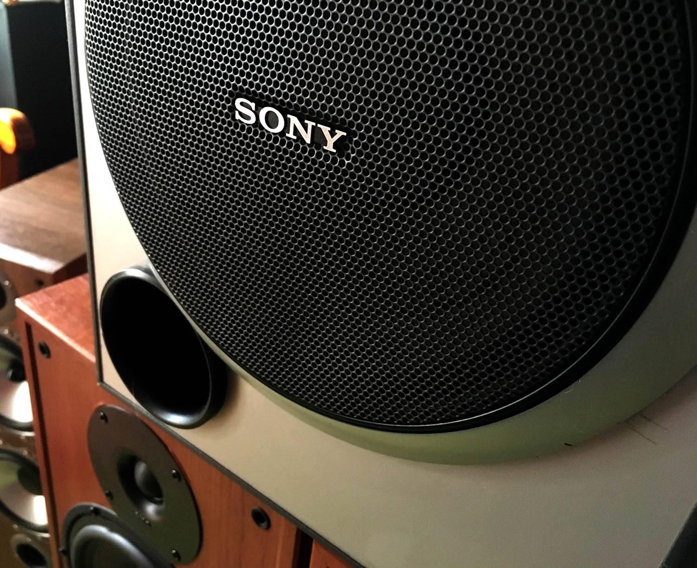 Powerful Sony Mongo Active Speaker Explode 200 RMs Peak Watts NEW