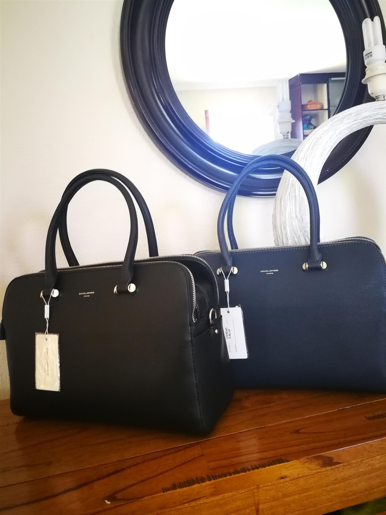 Ladies handbag for sale