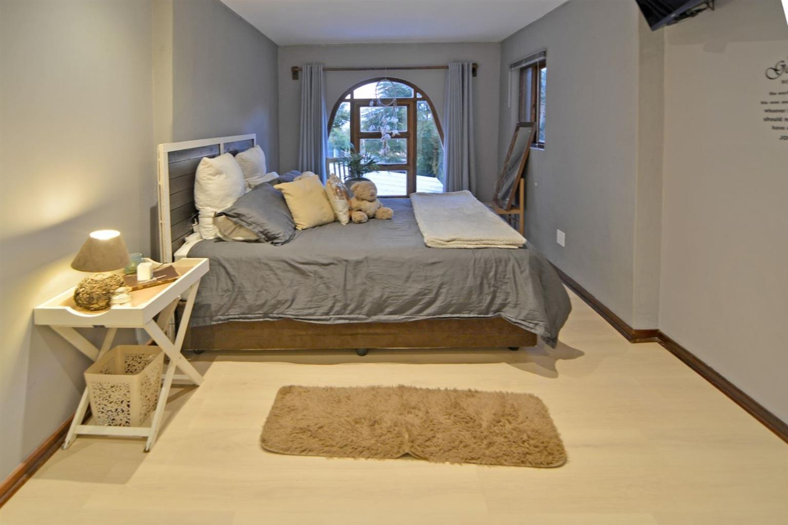 House For Sale in NOORDHEUWEL
