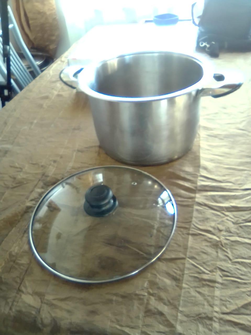 Large pots  for sale