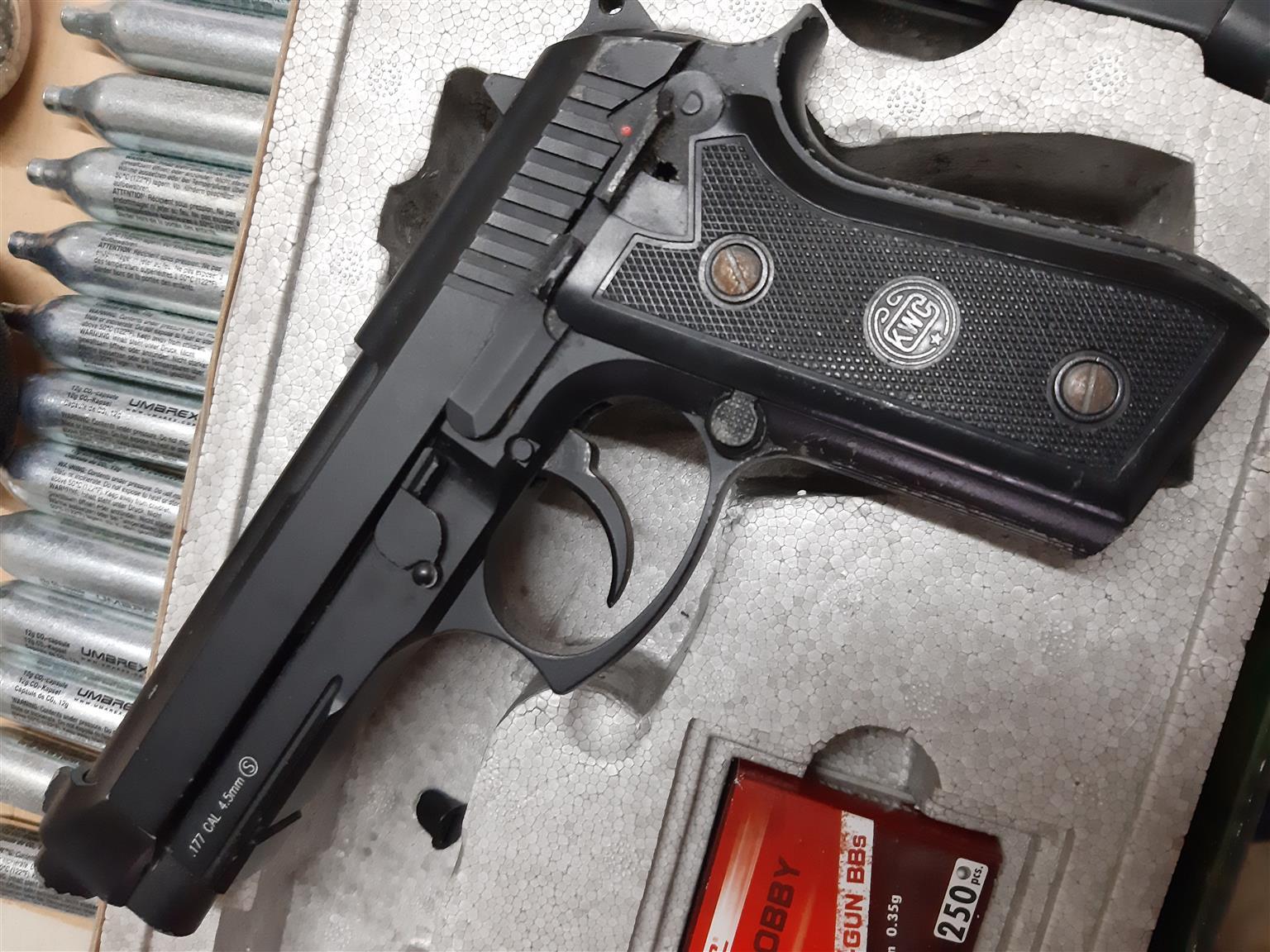 Co2 KWC blowback toy airgun