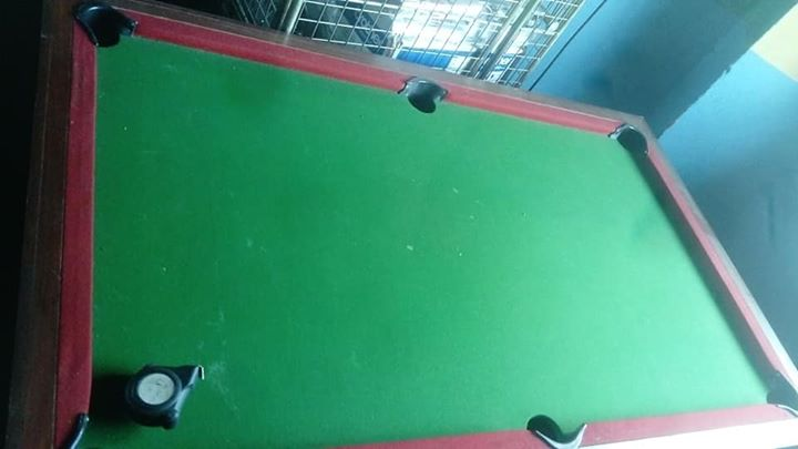 None coil pool table