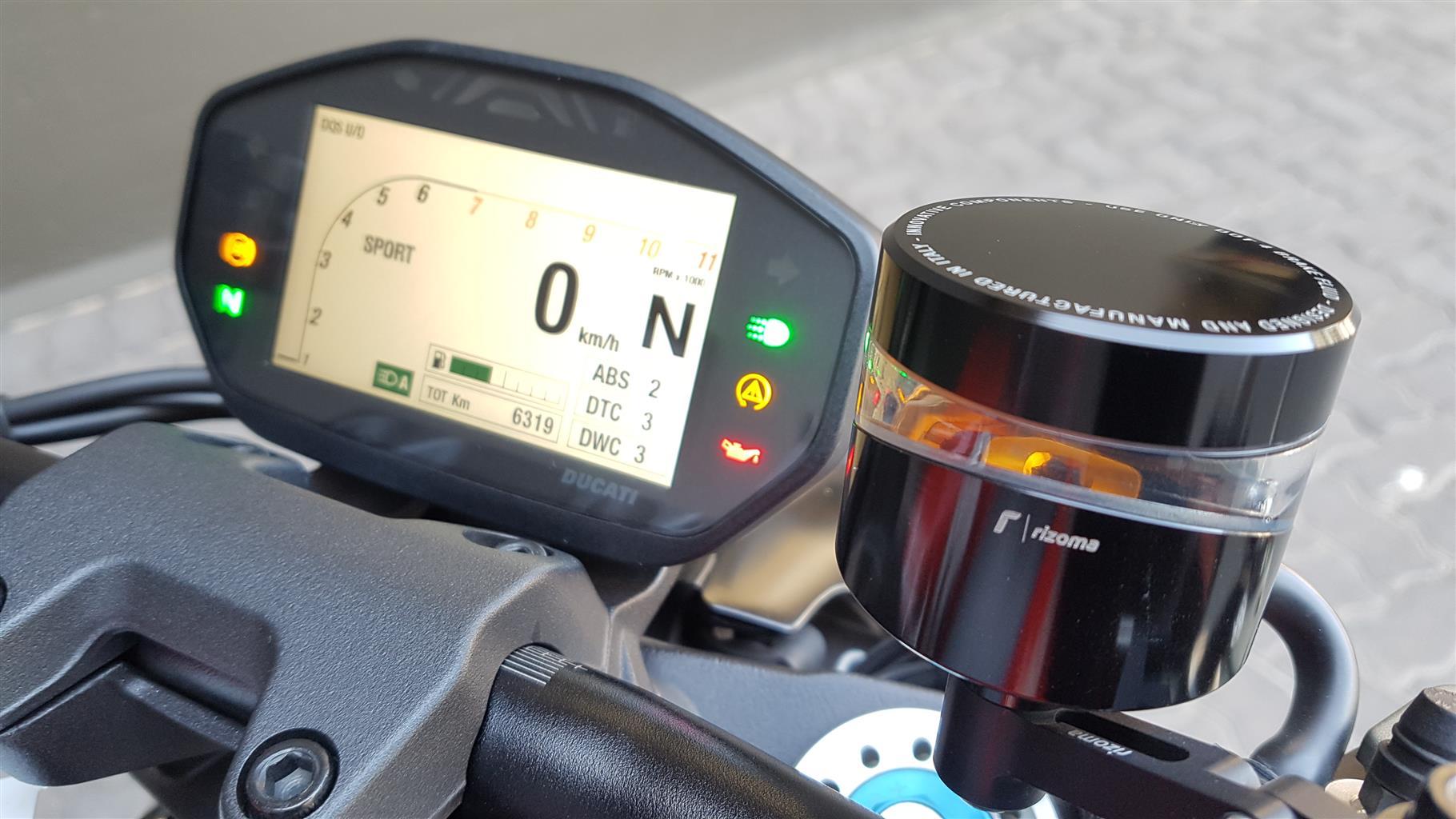 2017 Ducati Monster
