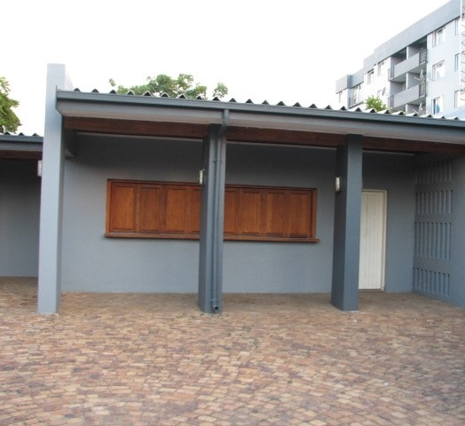 Apartment For Sale in Menlyn