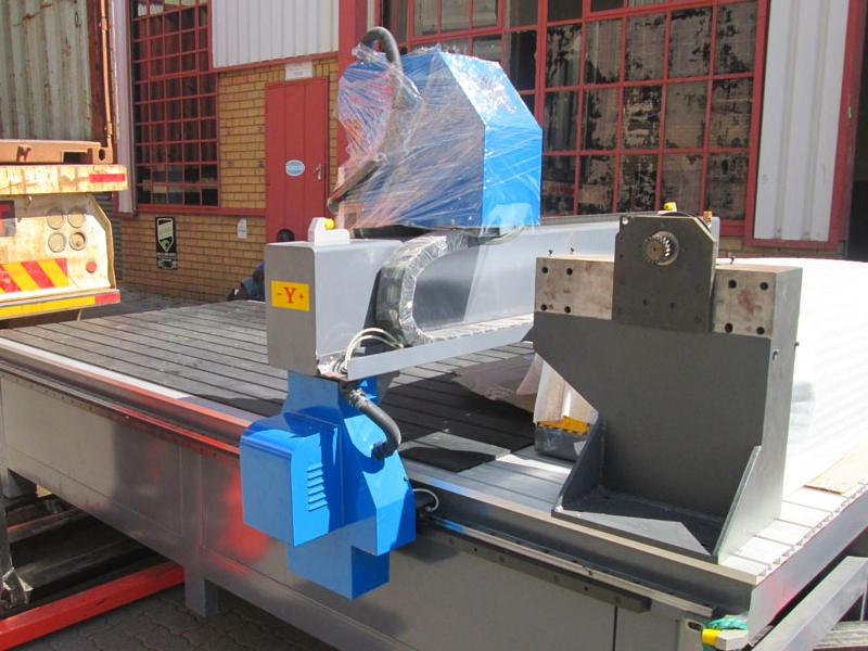 R-1325LC/75 EasyRoute 380V Lite 1300x2500mm Aluminium T-Slot Clamping CNC Router, 7.5kW