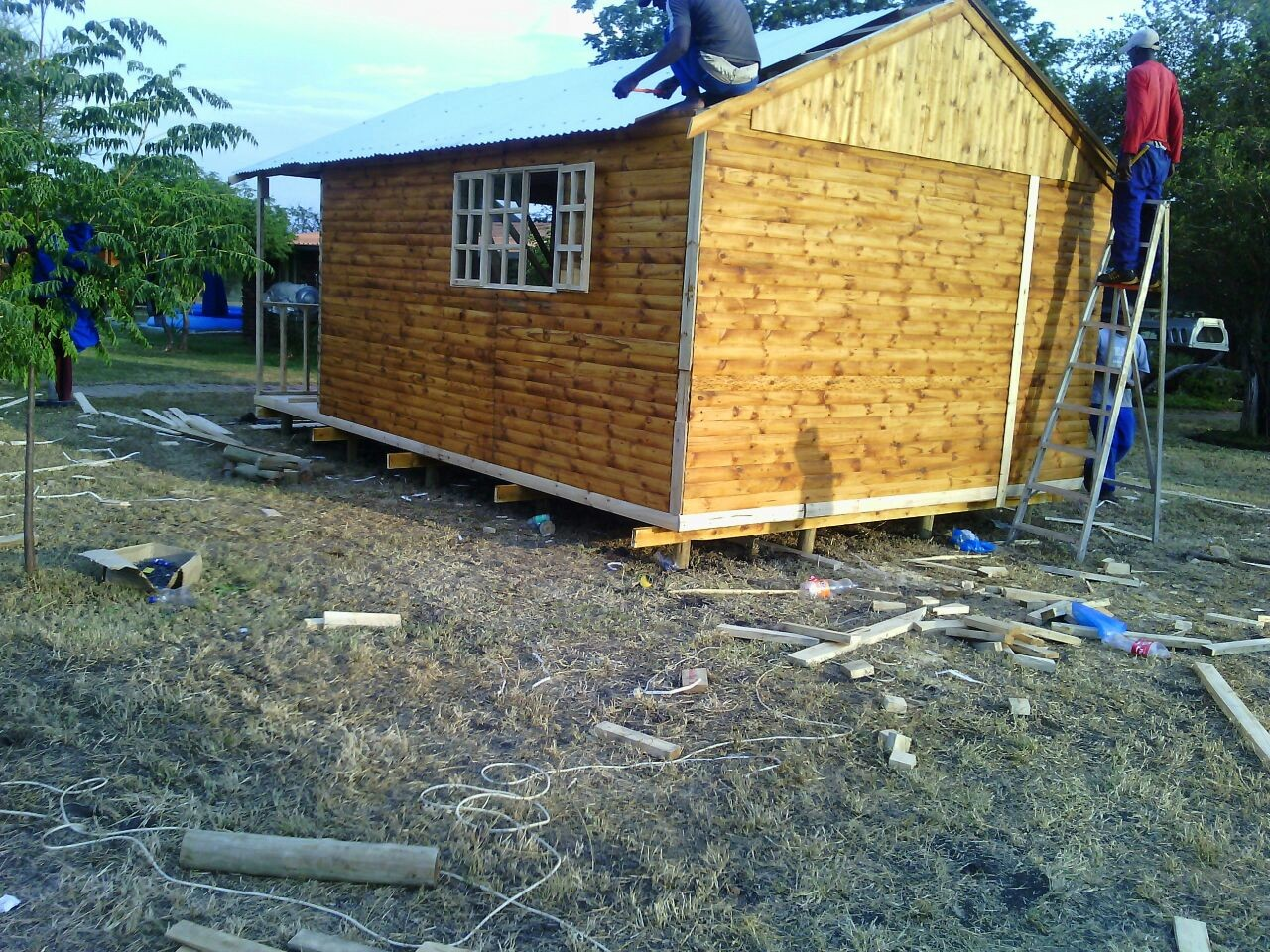 Log homes and wendy houses at affordable prices