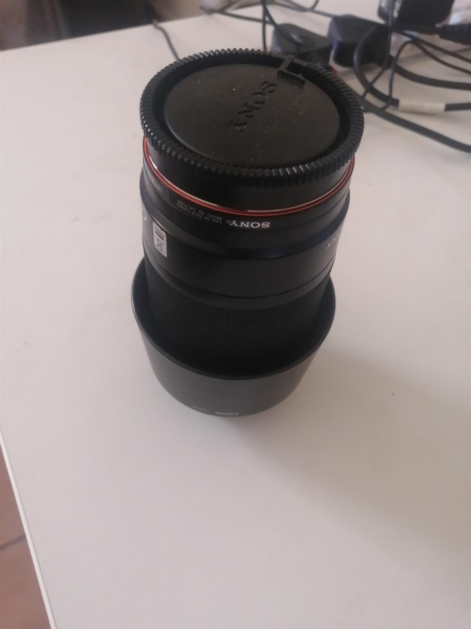 Camera Lens - Sony 75-300mm