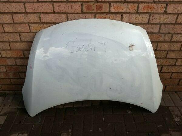 Suzuki Swift bonnet