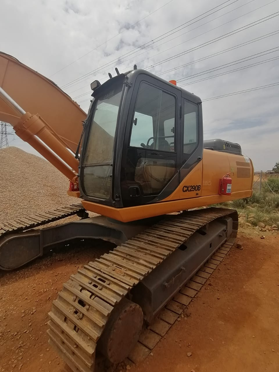 21T CASE EXCAVATOR FOR HIRE