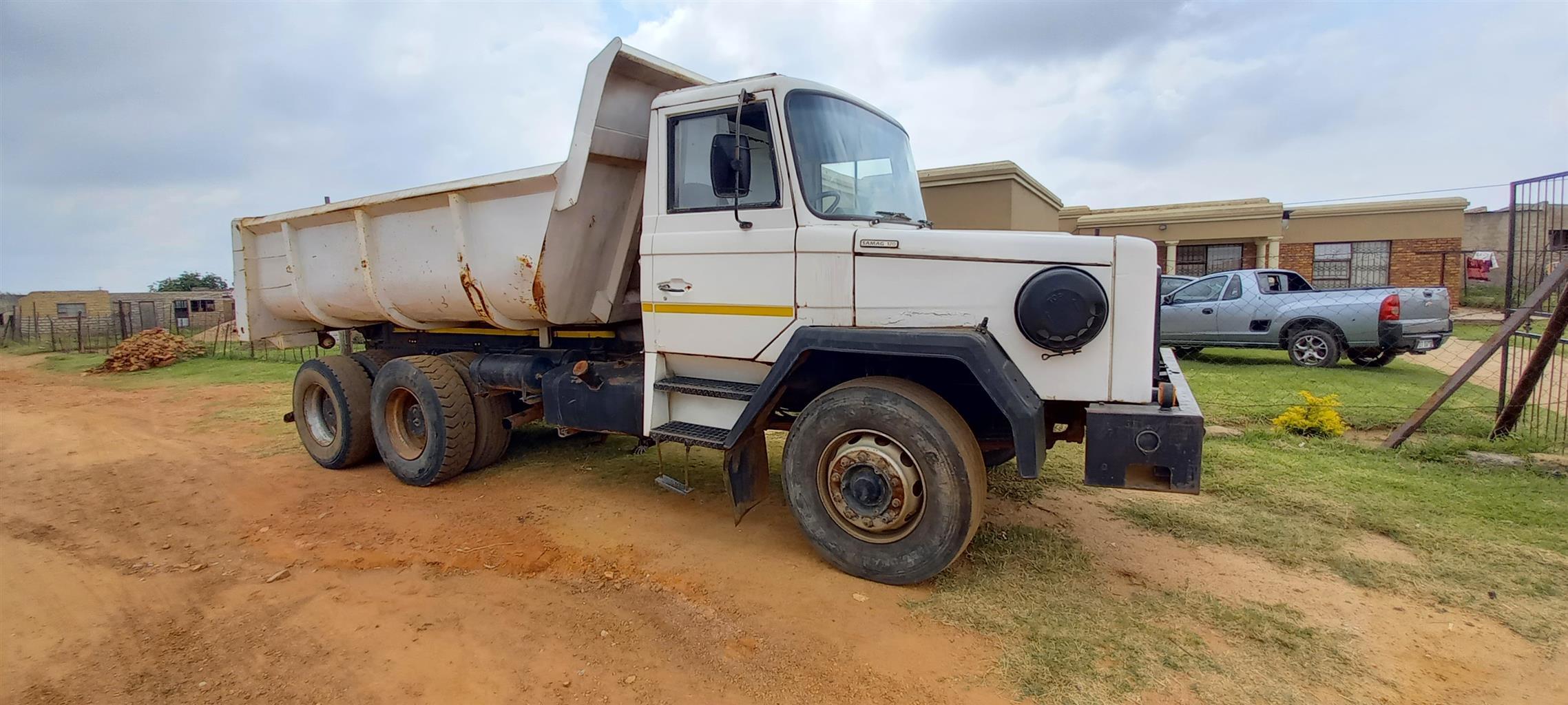 SAMAG tipper truck, for sale