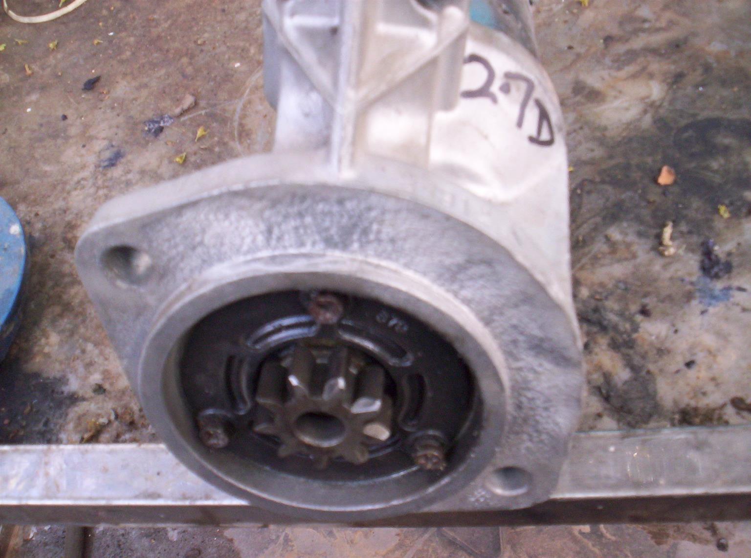 Nissan Hardbody brake drums & shoes x 10