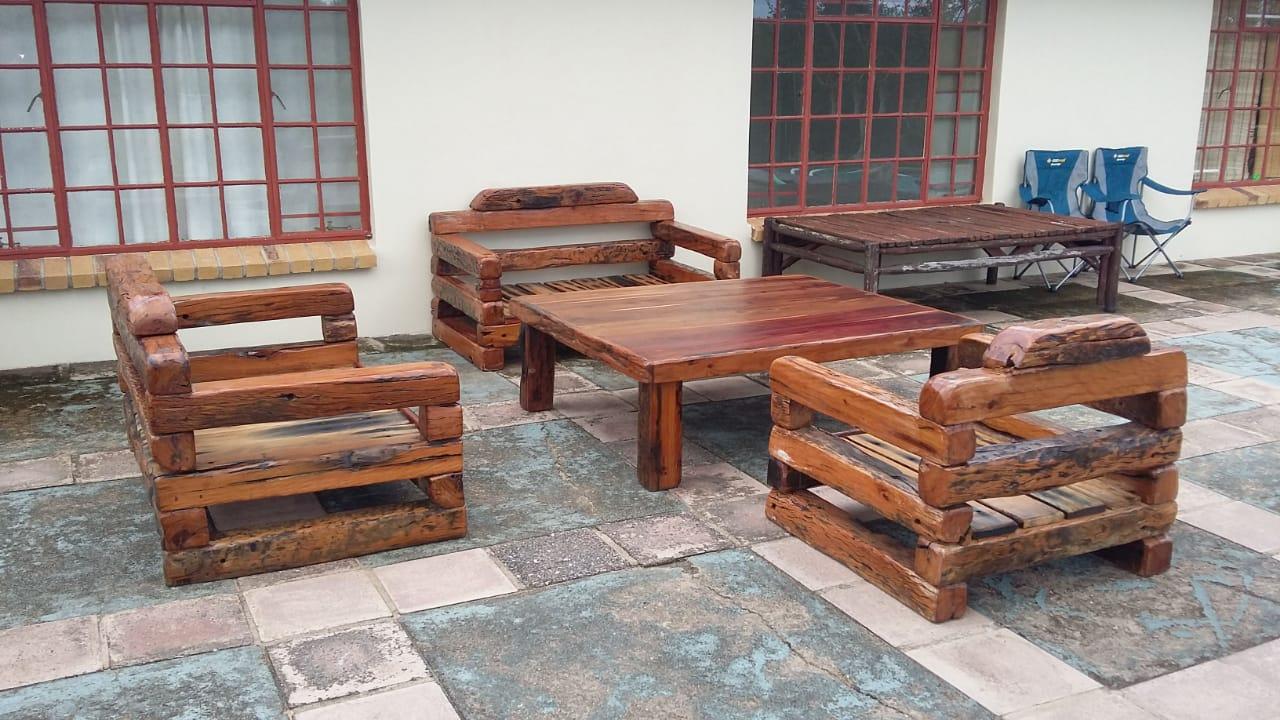 Sleeper wood living room set