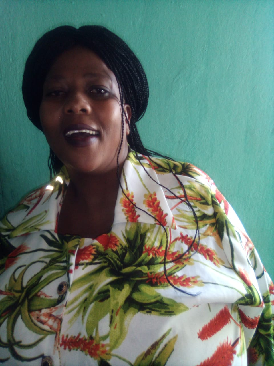 Energetic and hard working care giver/housekeeper from LESOTHO needs stay in full time work.