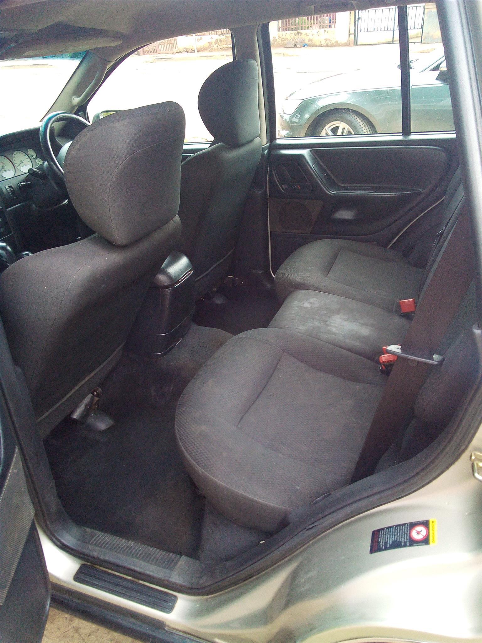 Jeep cherokee laredo for sale